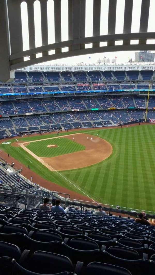 Yankee Stadium, section: 409, row: 14, seat: 16