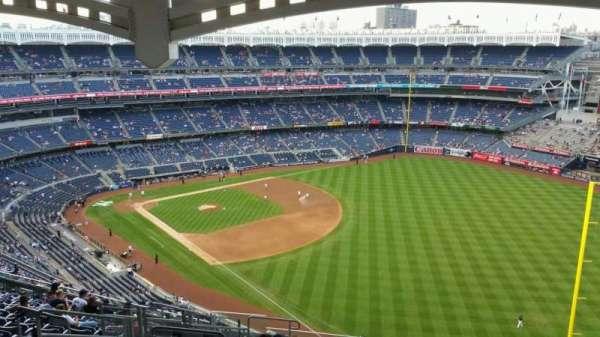 Yankee Stadium, section: 409, row: 14, seat: 19