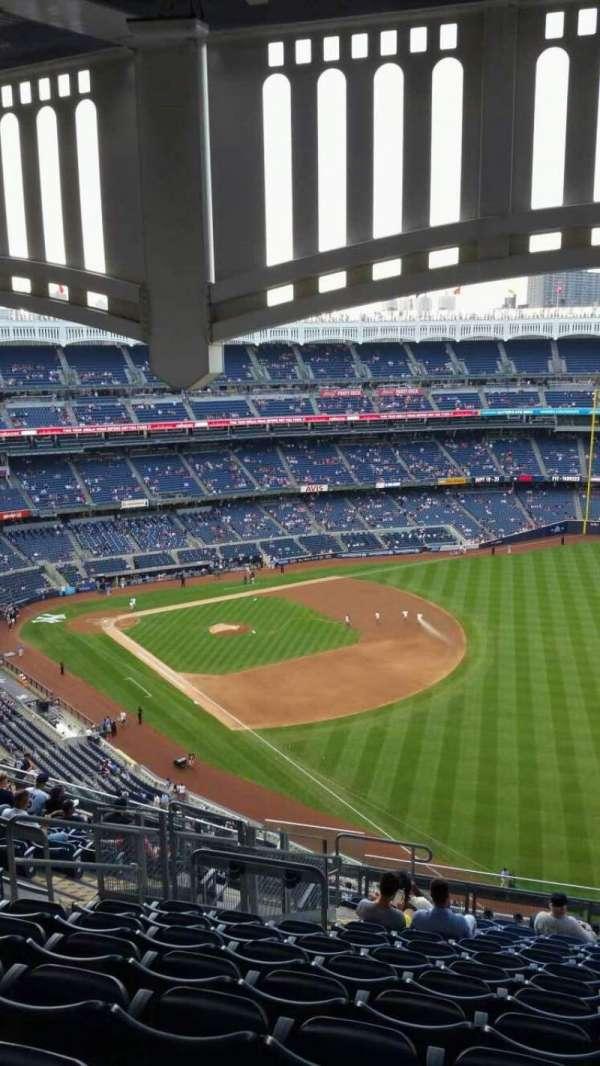 Yankee Stadium, section: 409, row: 14, seat: 20
