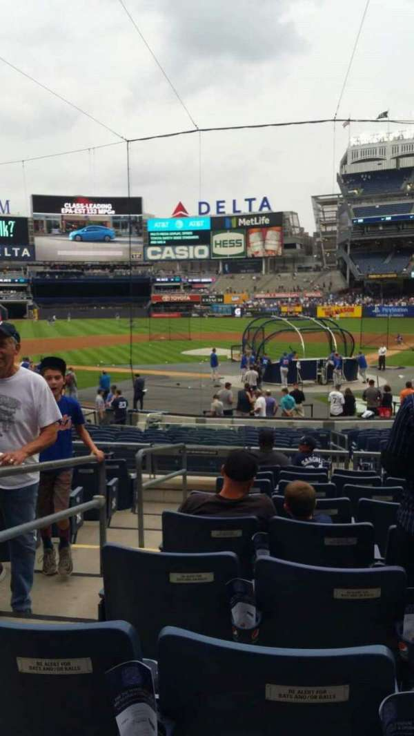 Yankee Stadium, section: 121A, row: 9, seat: 12