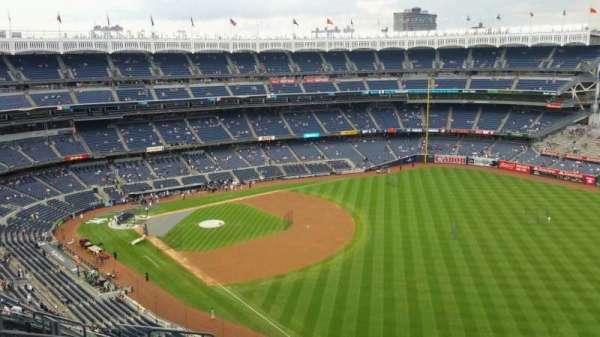 Yankee Stadium, section: 409, row: 11, seat: 13