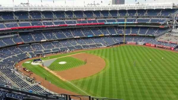 Yankee Stadium, section: 408, row: 11, seat: 21