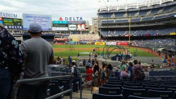 Yankee Stadium, section: 121B, row: 11, seat: 8