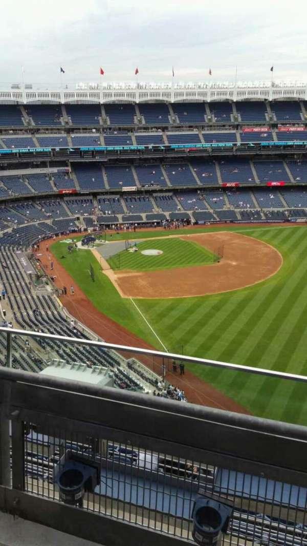 Yankee Stadium, section: 408, row: 2, seat: 3