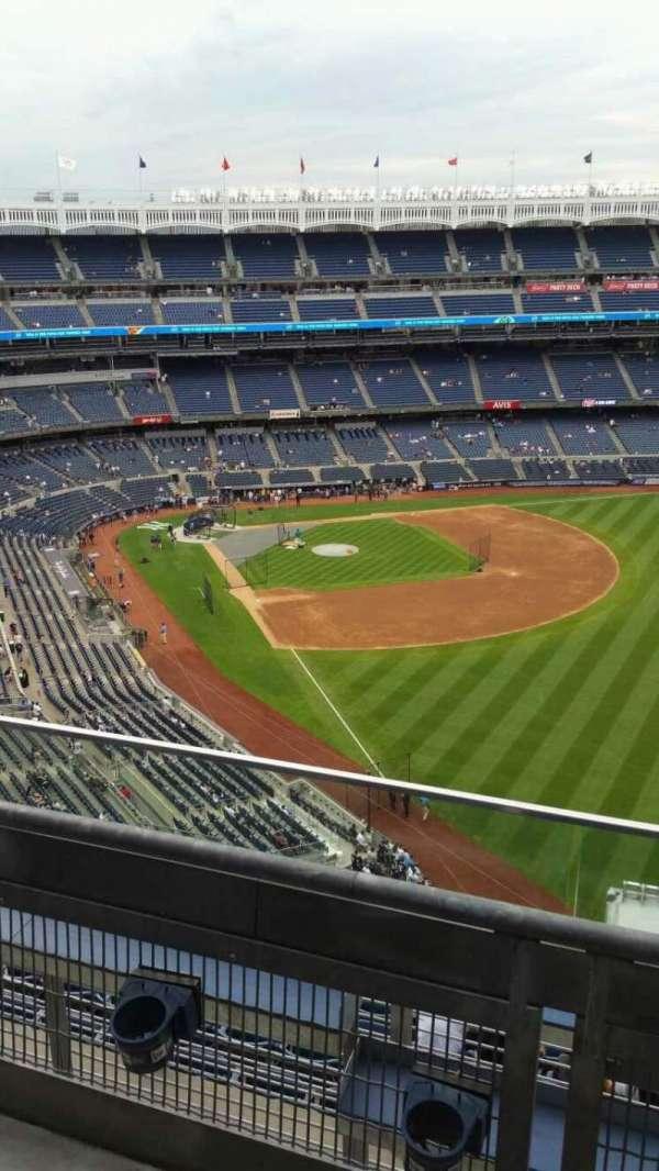Yankee Stadium, section: 408, row: 2, seat: 5