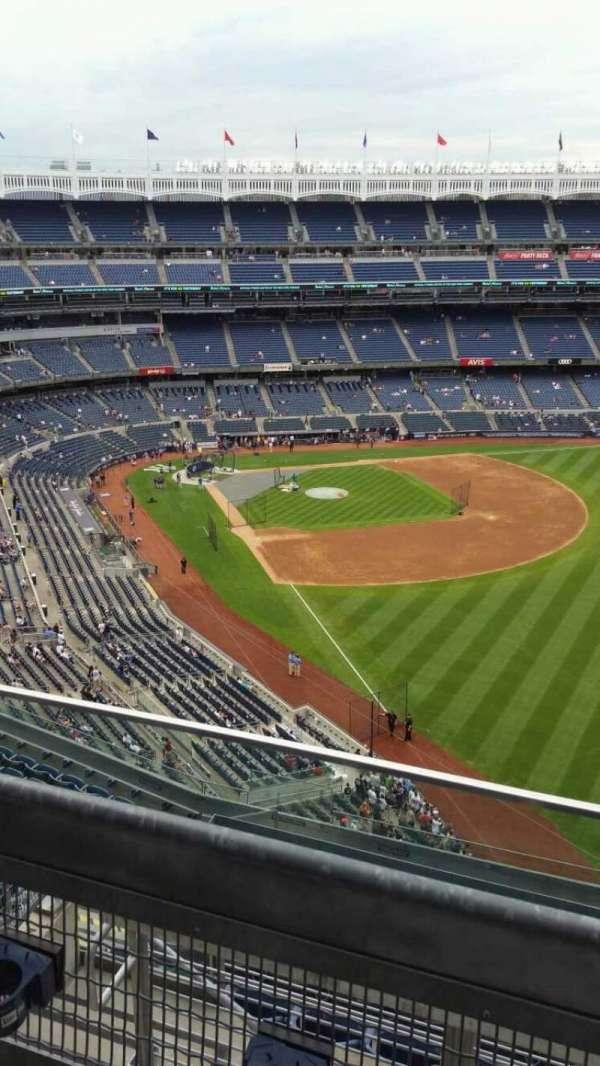 Yankee Stadium, section: 408, row: 2, seat: 9