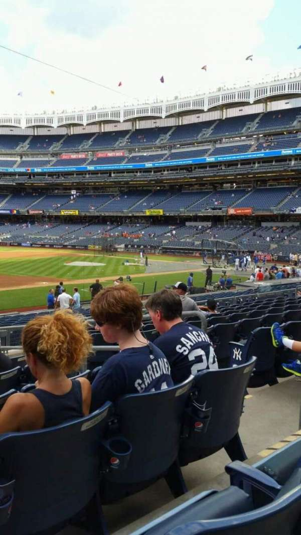 Yankee Stadium, section: 127A, row: 9, seat: 5