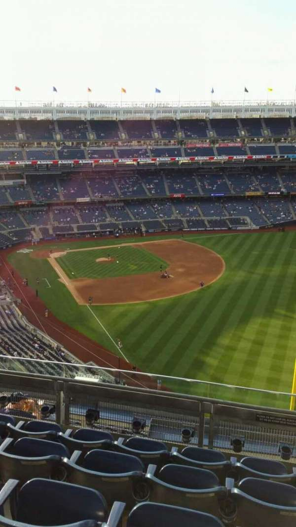 Yankee Stadium, section: 408, row: 5, seat: 2