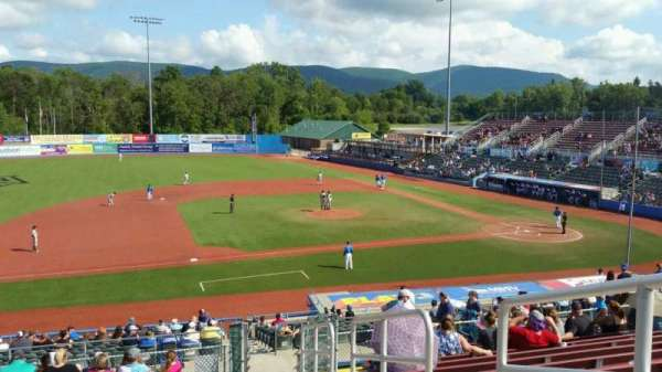 Dutchess Stadium, section: 307, row: N, seat: 19