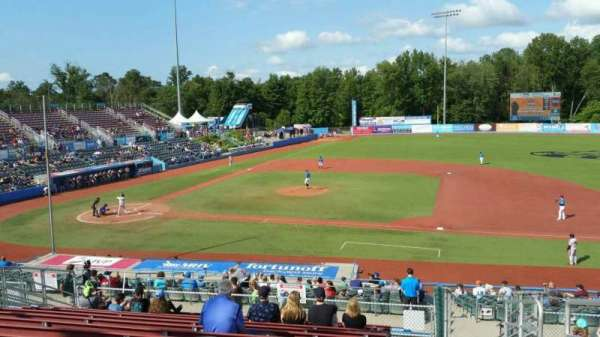 Dutchess Stadium, section: 303, row: N, seat: 20