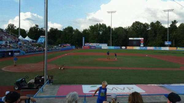 Dutchess Stadium, section: 103, row: J, seat: 3