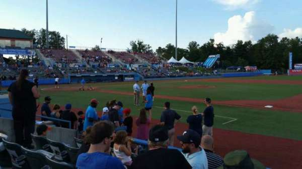 Dutchess Stadium, section: 101.5, row: E, seat: 9