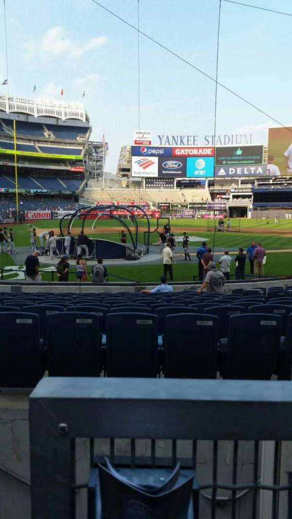 Yankee Stadium, section: 118, row: 3, seat: 7