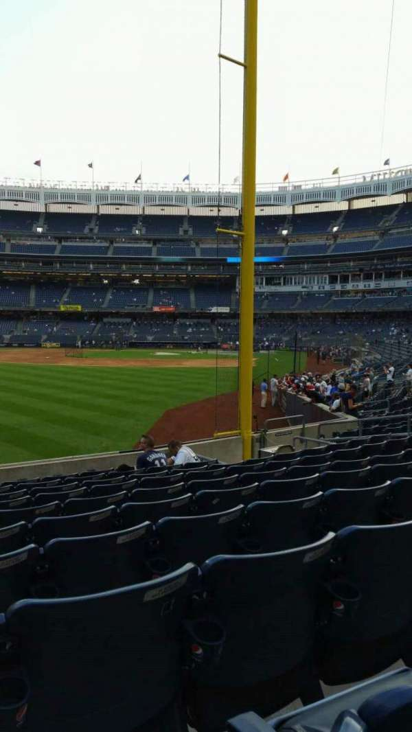 Yankee Stadium, section: 132, row: 10, seat: 17