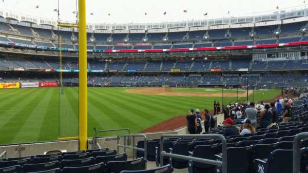 Yankee Stadium, section: 132, row: 10, seat: 3
