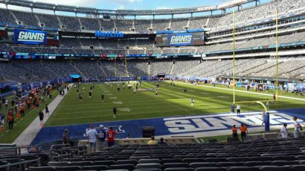 MetLife Stadium, section: 128, row: 21, seat: 23