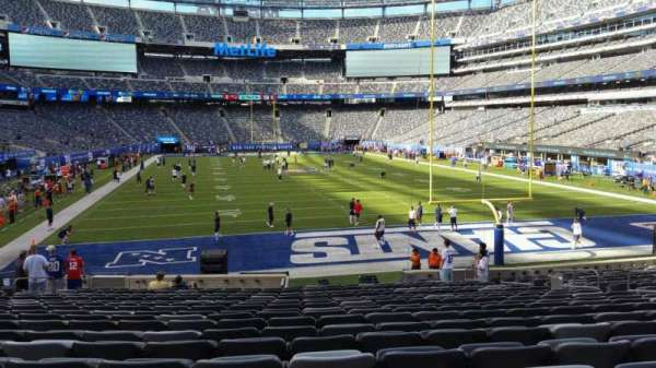 MetLife Stadium, section: 128, row: 21, seat: 13