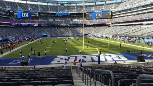 MetLife Stadium, section: 128, row: 21, seat: 1