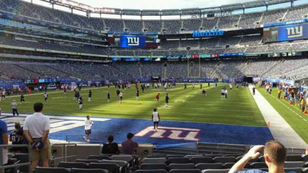 MetLife Stadium, section: 123, row: 10, seat: 20