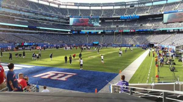 MetLife Stadium, section: 123, row: 10, seat: 6