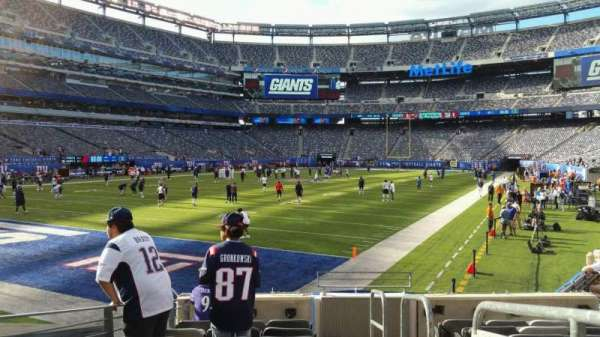 MetLife Stadium, section: 123, row: 10, seat: 1