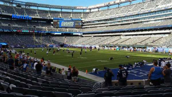 MetLife Stadium, section: 131, row: 12, seat: 11