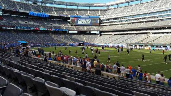 MetLife Stadium, section: 134, row: 10, seat: 6