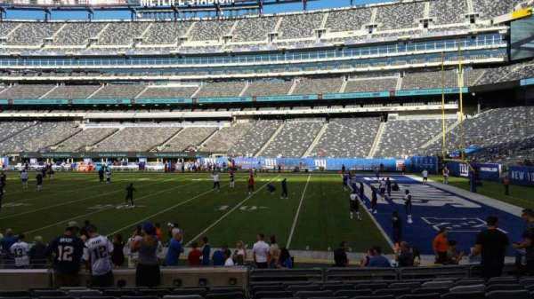 MetLife Stadium, section: 134, row: 10, seat: 17