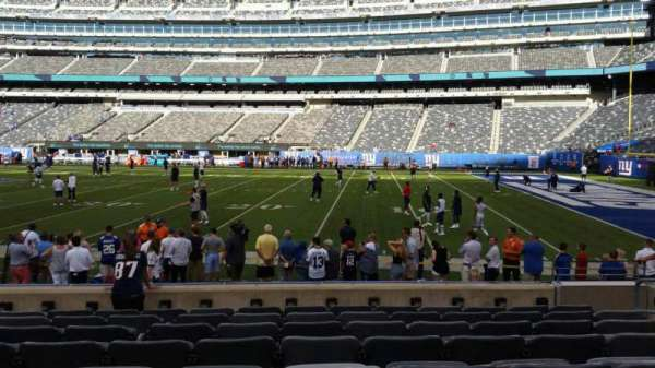 MetLife Stadium, section: 135, row: 8, seat: 5