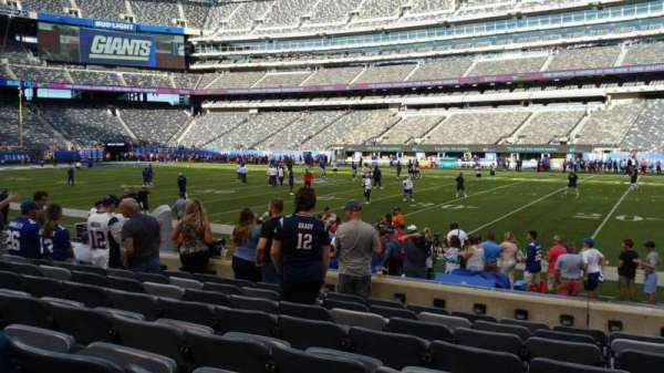 MetLife Stadium, section: 135, row: 8, seat: 14