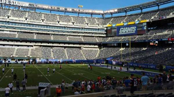 MetLife Stadium, section: 137, row: 15, seat: 20