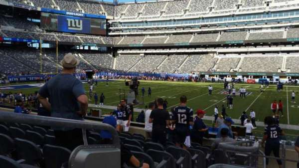MetLife Stadium, section: 137, row: 15, seat: 28