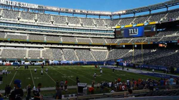 MetLife Stadium, section: 139, row: 18, seat: 1