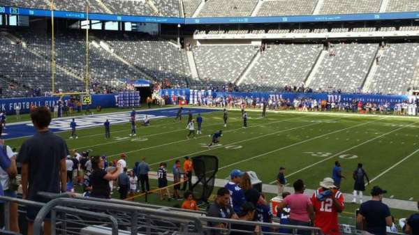 MetLife Stadium, section: 139, row: 27, seat: 27