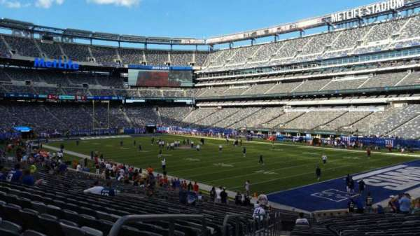 MetLife Stadium, section: 131, row: 27, seat: 28