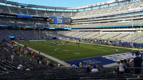 MetLife Stadium, section: 131, row: 27, seat: 8