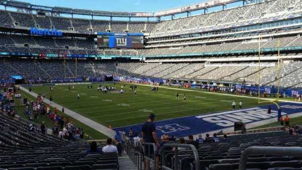 MetLife Stadium, section: 131, row: 27, seat: 1