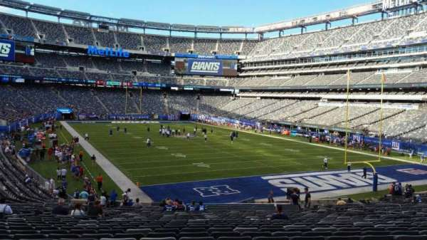 MetLife Stadium, section: 129, row: 31, seat: 21