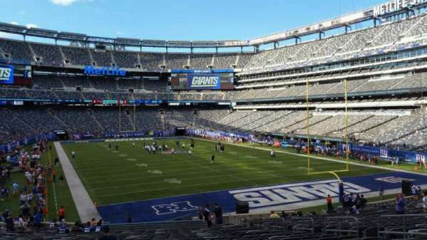 MetLife Stadium, section: 129, row: 31, seat: 10
