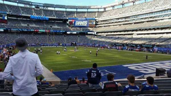 MetLife Stadium, section: 129, row: 15, seat: 20
