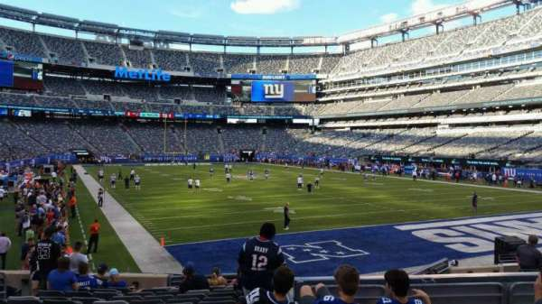 MetLife Stadium, section: 129, row: 15, seat: 18