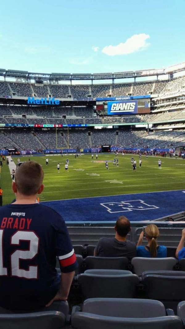 MetLife Stadium, section: 129, row: 15, seat: 13