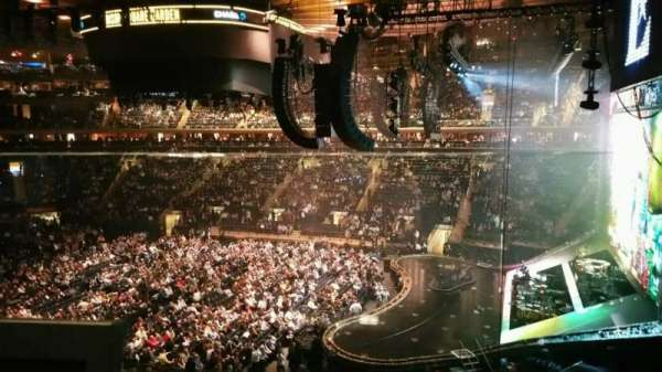 Madison Square Garden, section: 213, row: 1, seat: 8