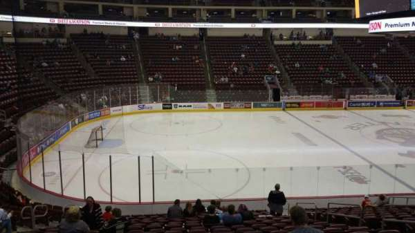 Giant Center, section: 105, row: S, seat: 8