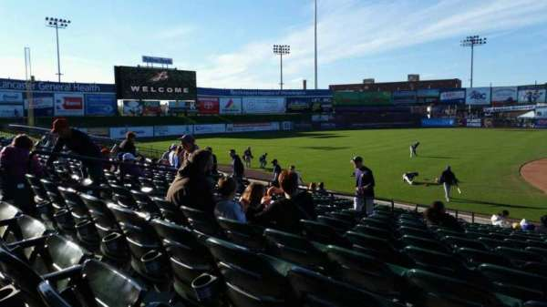 Clipper Magazine Stadium, section: 23, row: Q, seat: 1