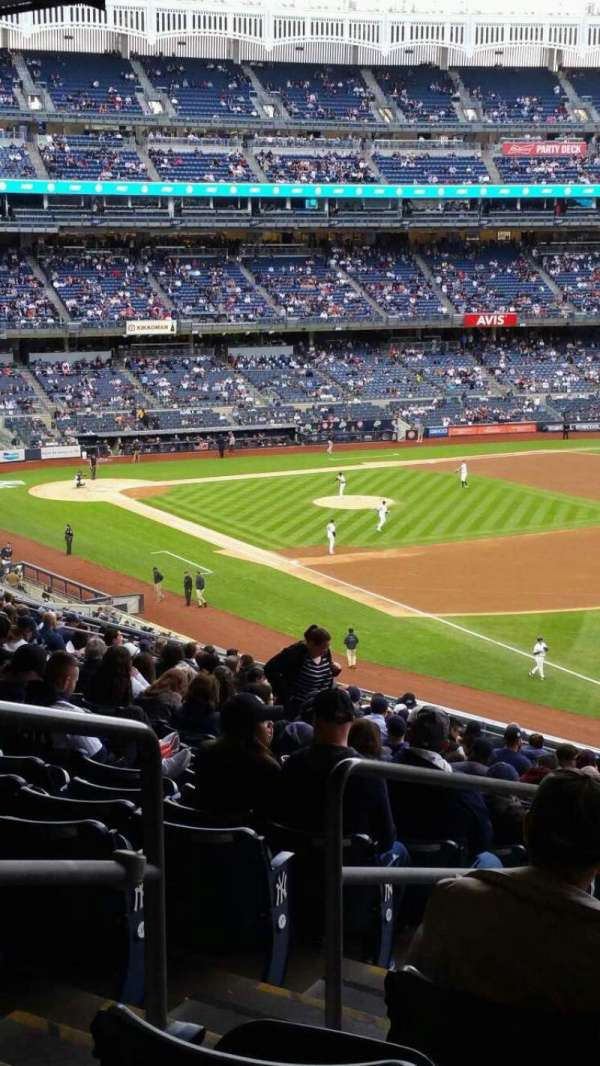 Yankee Stadium, section: 210, row: 22, seat: 20