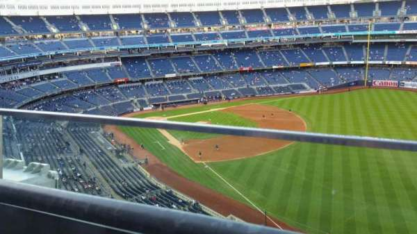 Yankee Stadium, section: 409, row: 1, seat: 9