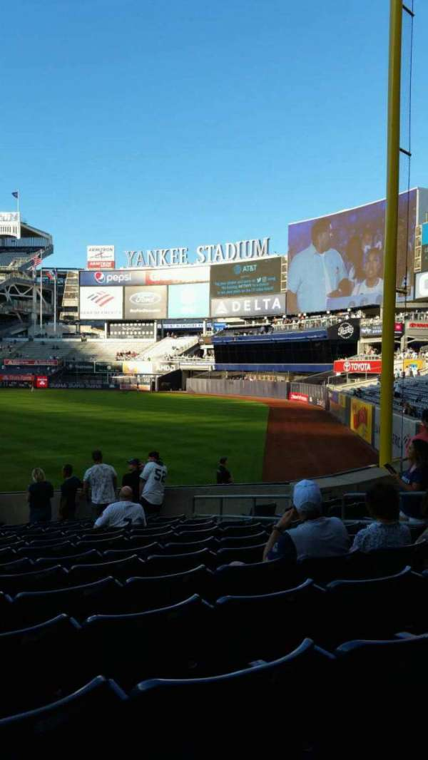 Yankee Stadium, section: 109, row: 15, seat: 9