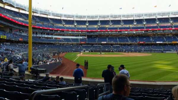 Yankee Stadium, section: 106, row: 10, seat: 16