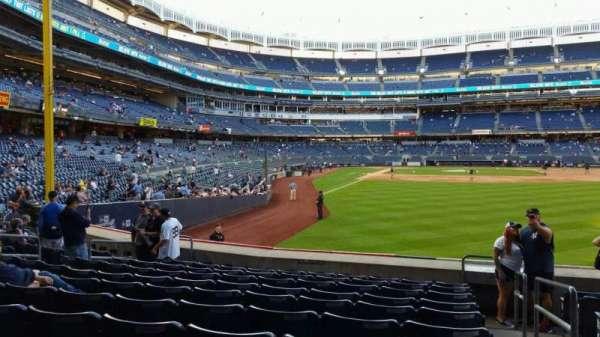 Yankee Stadium, section: 106, row: 10, seat: 1